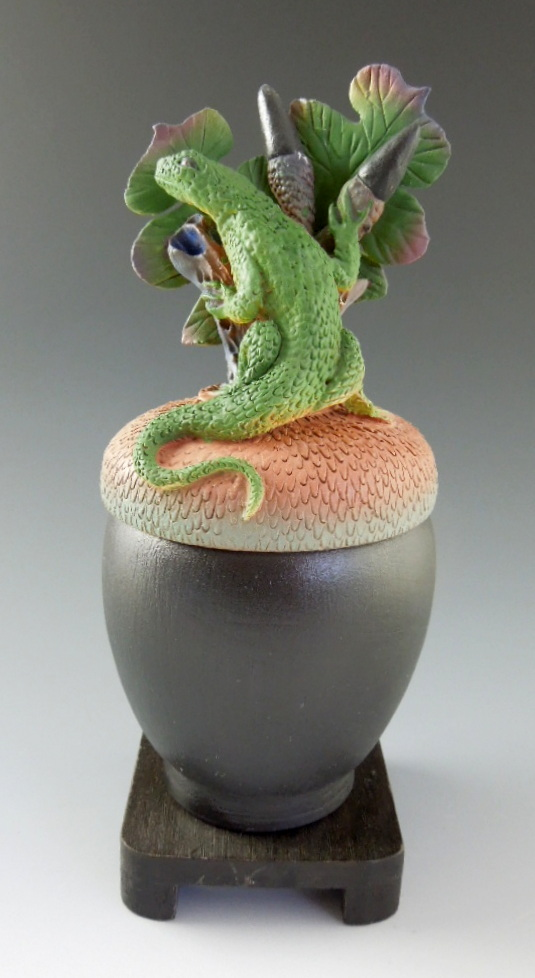 Nancy Adams - Lizard on Black Acorn Box